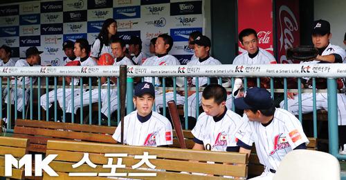 日本、初戦チェコ戦は雨のため中止 18U世界野球選手権