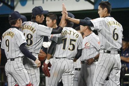 日本、韓国撃破 笹川、中前適時打放つ 18U世界野球