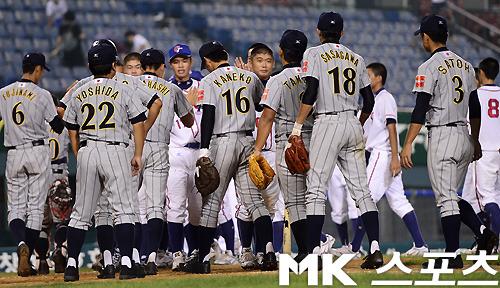 藤浪13K完封、日本初勝利 笹川は好返球 18U世界野球