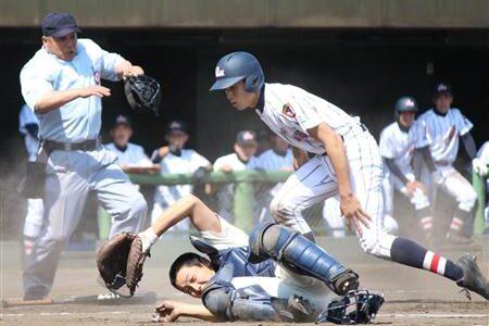 浦学・小島8奪三振で完封勝利 2013春季県大会