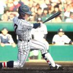 延長11回表浦和学院2死二塁、荒木が決勝の左前打を放つ