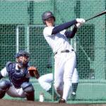 2回戦の前日練習で打撃練習を行う山崎滉