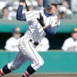 3回裏浦和学院1死二、三塁、諏訪が右前に逆転の2点適時打を放つ