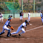 準々決勝を前に熱を帯びた練習をする浦和学院の選手たち=兵庫県西宮市