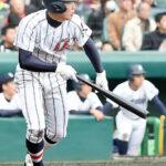 8回裏浦和学院無死二塁、山崎滉が左中間を破る適時二塁打を放つ
