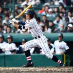 7回裏浦和学院無死、中前打を放つ幸喜選手