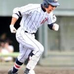 浦和学院-東海大相模 5回表浦和学院2死二、三塁、決勝の2点三塁打を放った臺が雄たけびを上げる