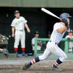 8回裏浦和学院2死満塁、仲田が右翼線へ走者一掃の3点適時三塁打を放つ。捕手荒川