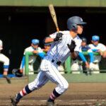 一回裏浦和学院無死一、三塁、諏訪は右前へ先制適時打を放つ