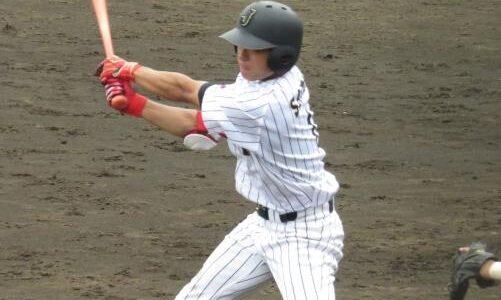 大学代表、立大・佐藤拓也が1番で4安打躍動