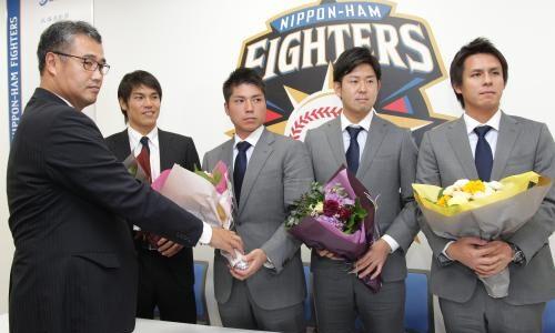 日本ハム・須永英輝選手が現役引退 打撃投手に就任
