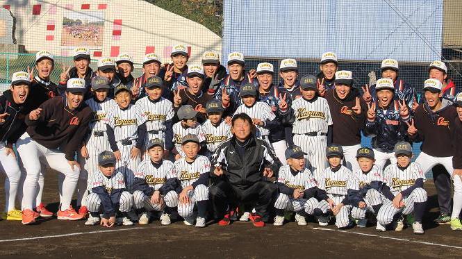 浦学野球部、石巻の少年野球チームと交流 被災地で支援活動も